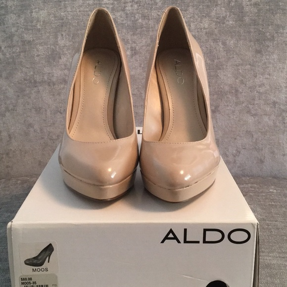 Brand new Aldo nude patent shoes